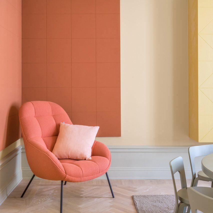 coral-interiors-dezeen-roundup-pantone-colour-2019_sq-4-852x852